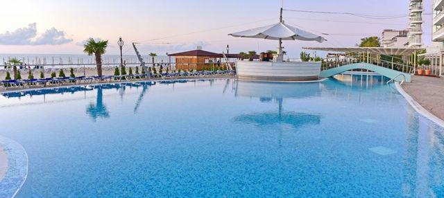 Berlin Golden Beach Hotel - Overview