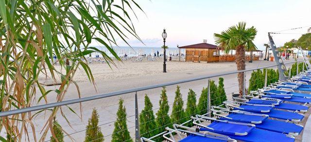 Hotel Berlin Golden Beach - Tennis court